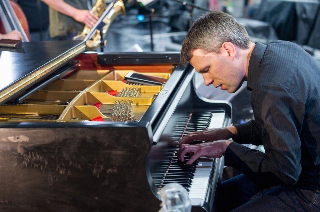 Florian Hoefner </br>Contemporary piano