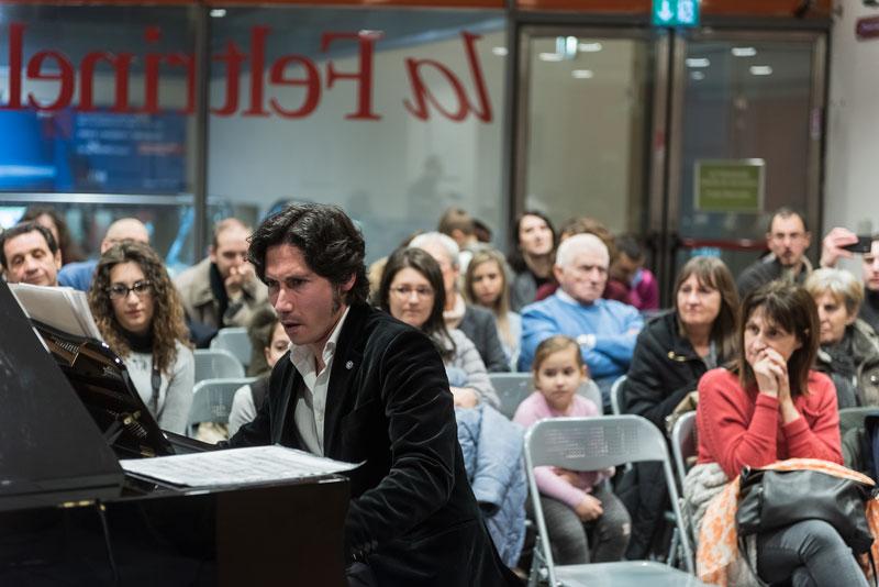 Leonardo Schiavone<br/>Emanuele Sartoris presenta I Nuovi Studi<br/>Reportage