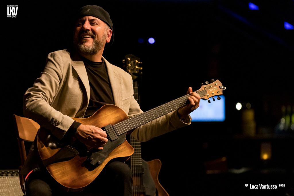 Luca Vantusso<br/>Bebo Ferra al Blue Note<br/>Reportage